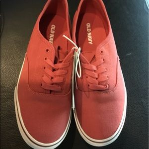 New Men's Old Navy Red Canvas Shoes Size 8